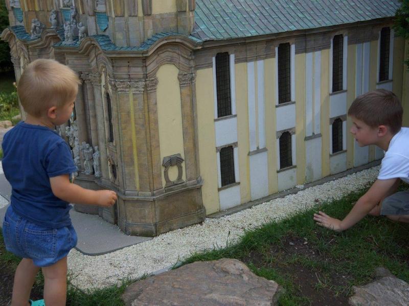 domnumer10_okolica_muzea